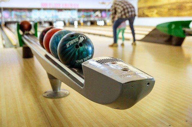 Abnehmen durch Bowling.