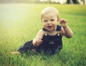 Wie fördere ich mein Baby in seiner Entwicklung?