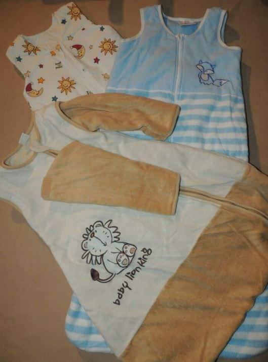 Baby-Schlafsäcke gibt es in zahlreichen Variationen.