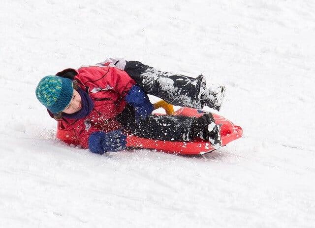 Lenkschlitten - Für Kinder ein absoluter Spaß im Winter