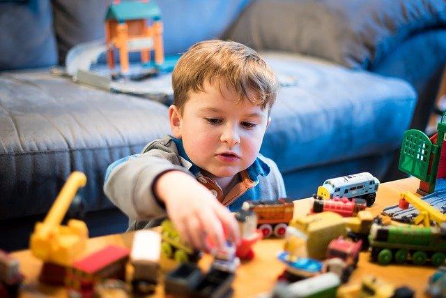 Spielzeuge für 4-jährige Kinder