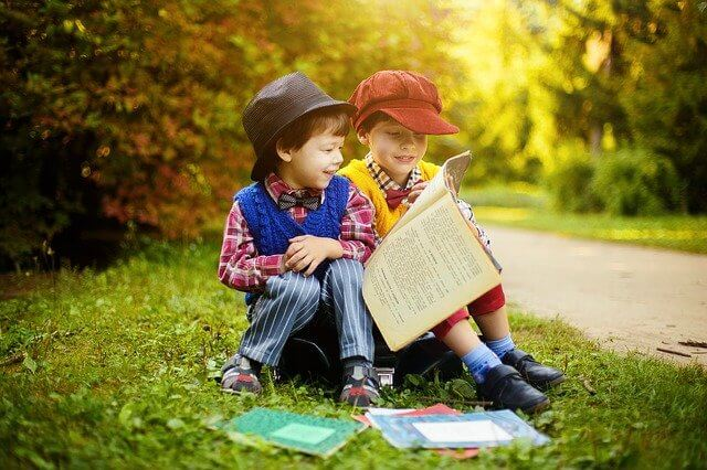 Kinderbuch für 3 jährige - Freundschaften entstehen auch beim Lesen.