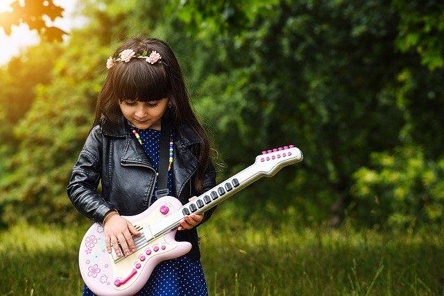 1/2 Kinder Gitarre
