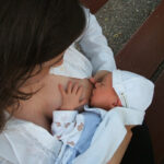 Milchmangel? 5 Tipps zum Anregen der Muttermilch