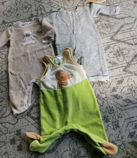 Babystrampler sind oft das Erste, was man kauft, wenn man erfährt, dass man schwanger ist.